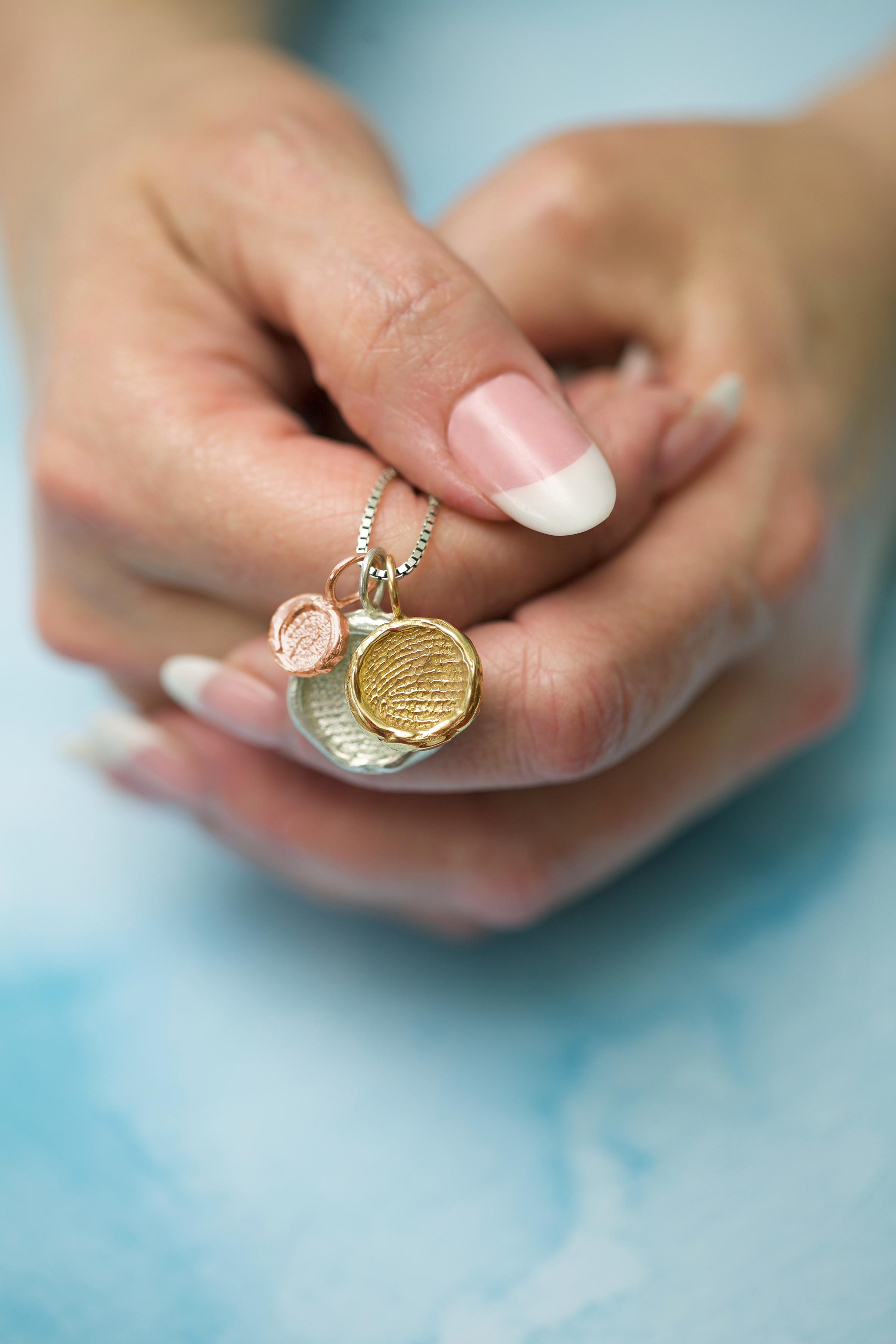 Thumbies pendants